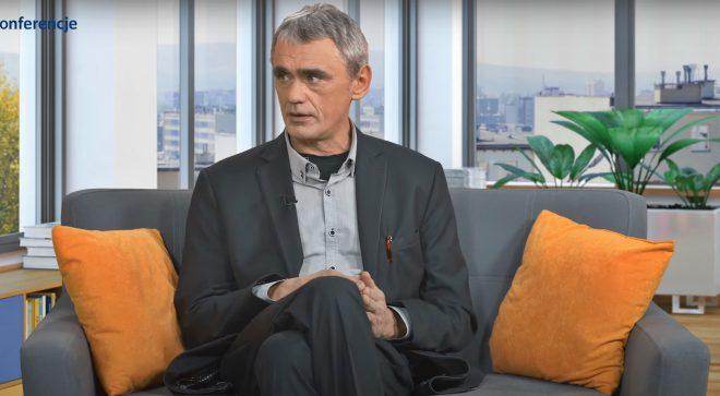 """Dariusz Piasecki o podręczniku """"Edukacja dla bezpieczeństwa"""""""