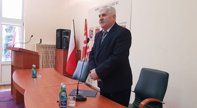Radni PiS chcą odwołania przewodniczącego Rady Powiatu