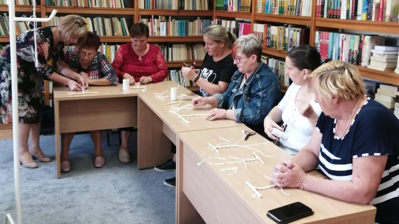 Warsztaty makramy w Mirowie