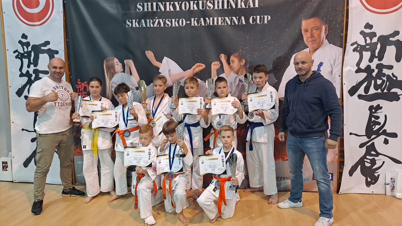 Szydłowieccy karatecy wywalczyli 9 medali