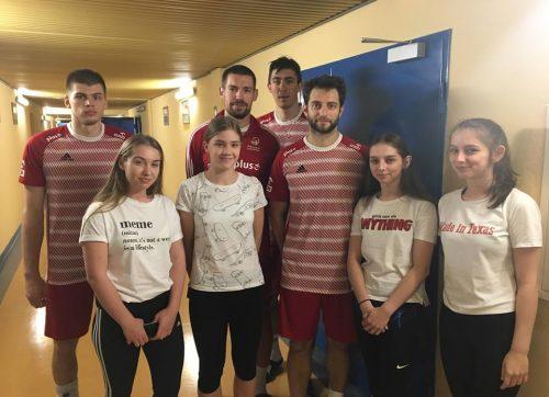 Uczniowie z Szydłowca uczestniczyli w treningu kadry siatkarskiej