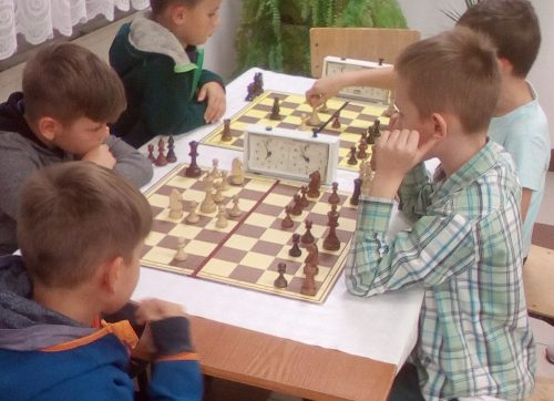 KS Alternatywa zaprasza na zajęcia szachowe