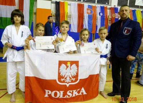 Trzy medale szydłowieckich karateków w Chorwacji!
