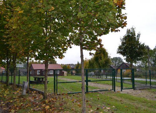 Nowe ogrodzenie świetlicy w Korzycach