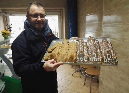 Czy ciastka w kształcie szydłowieckiego ratusza to dobra promocja Szydłowca?